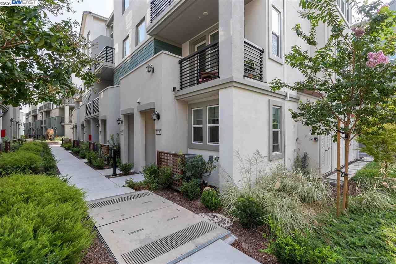 $939,000 - 3Br/3Ba -  for Sale in Milpitas, Milpitas