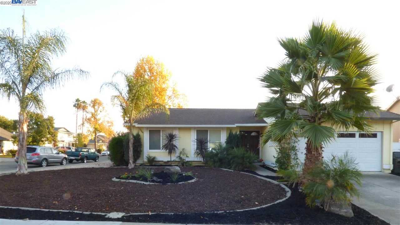 $688,995 - 3Br/2Ba -  for Sale in Summerset, Livermore