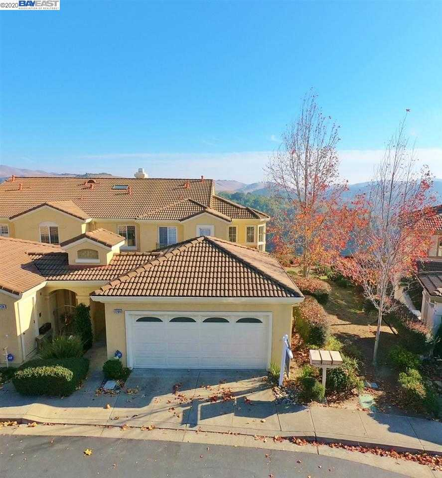 22184 E Lyndon Loop CASTRO VALLEY, CA 94552