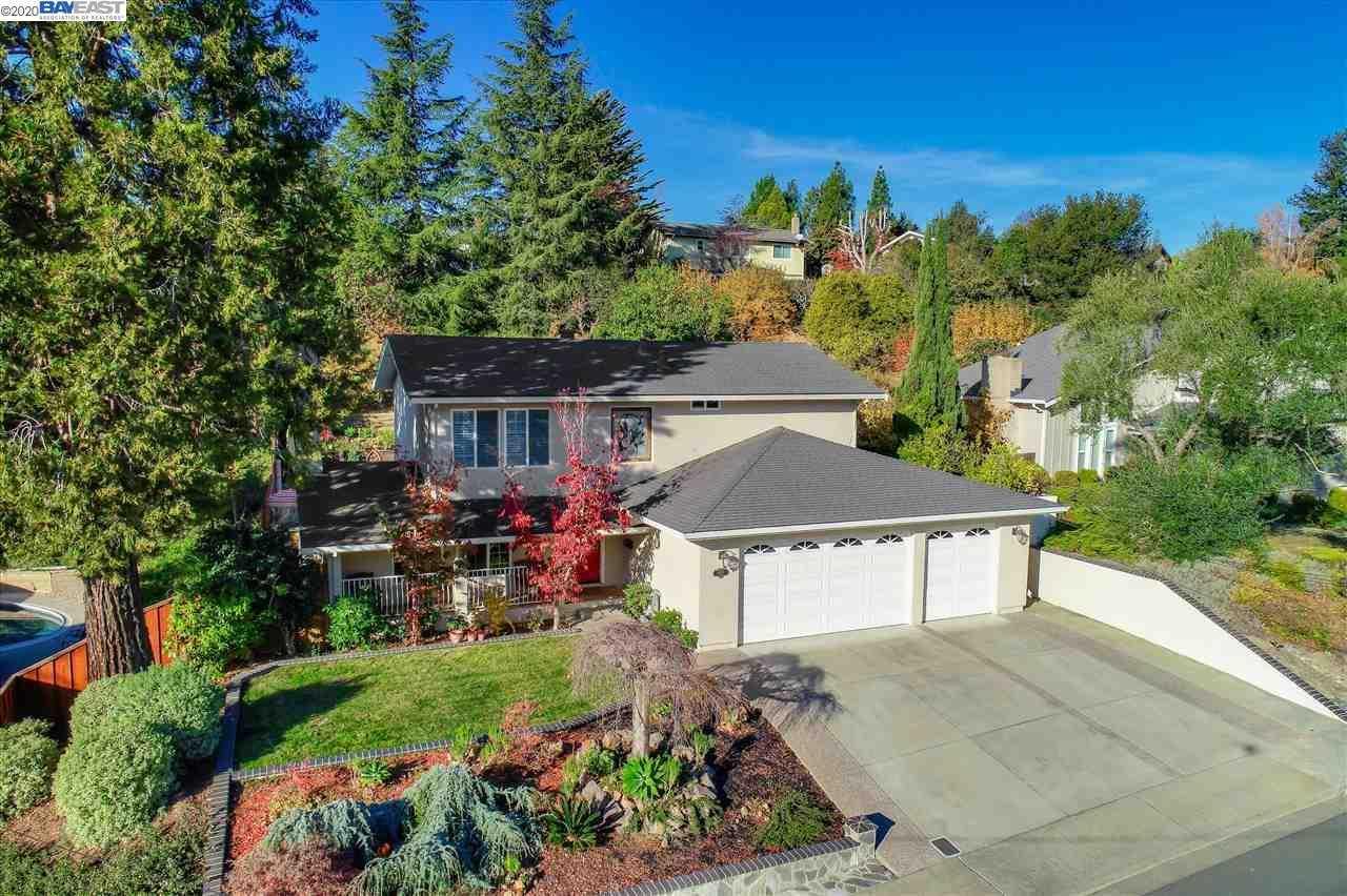 $1,395,000 - 4Br/3Ba -  for Sale in Greenridge, Castro Valley