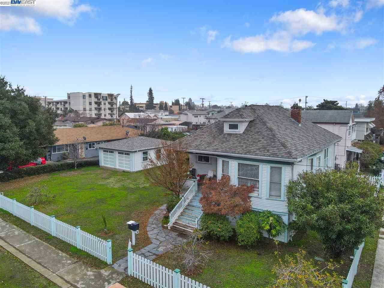 $879,000 - 3Br/2Ba -  for Sale in Downtown San Lea, San Leandro