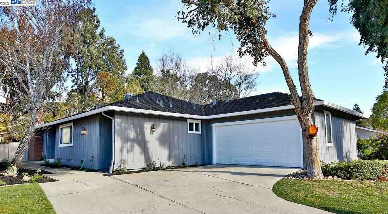 $1,288,000 - 3Br/2Ba -  for Sale in Crow Canyon C.C., Danville