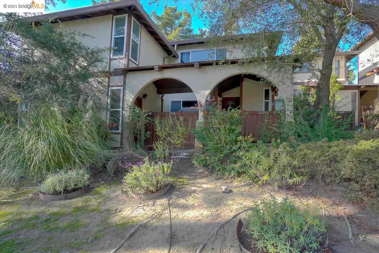 $750,000 - 3Br/3Ba -  for Sale in Ascot Highlands, Moraga