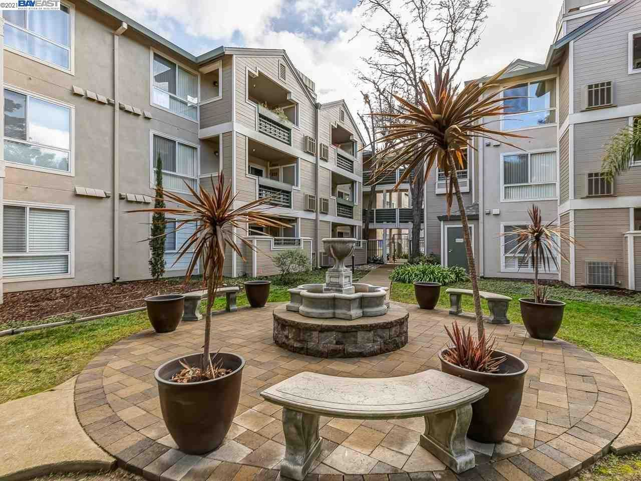 $569,000 - 2Br/2Ba -  for Sale in City Oaks, Walnut Creek