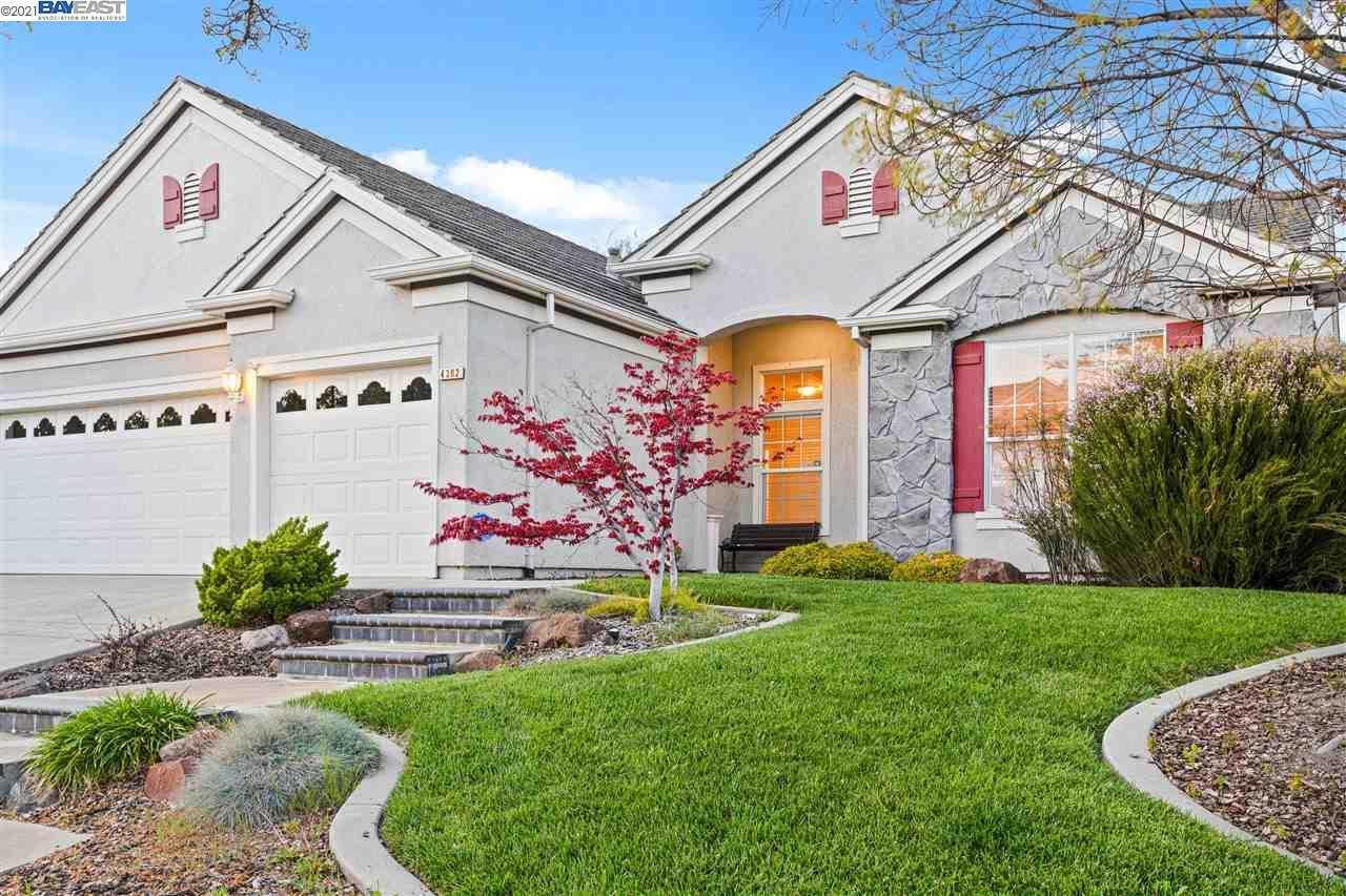 $1,195,000 - 4Br/2Ba -  for Sale in Estate Collect., Livermore