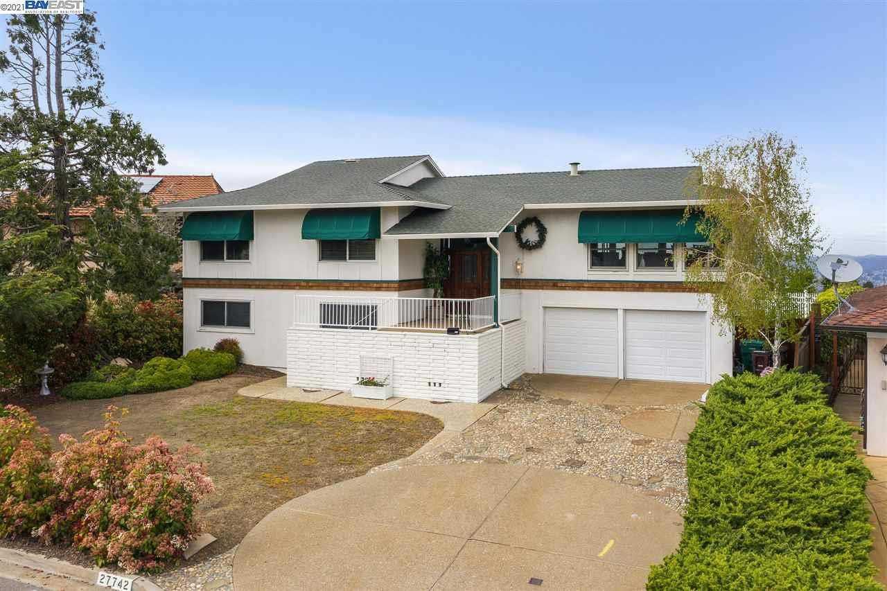 $1,269,000 - 6Br/3Ba -  for Sale in Highlands, Hayward