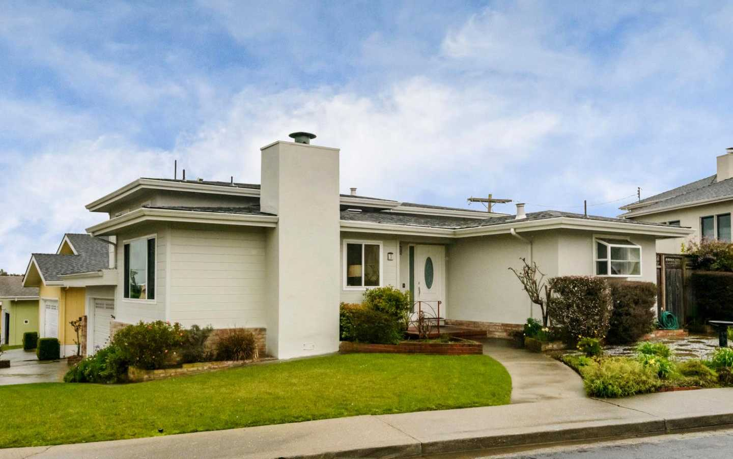 $1,350,000 - 3Br/3Ba -  for Sale in South San Francisco