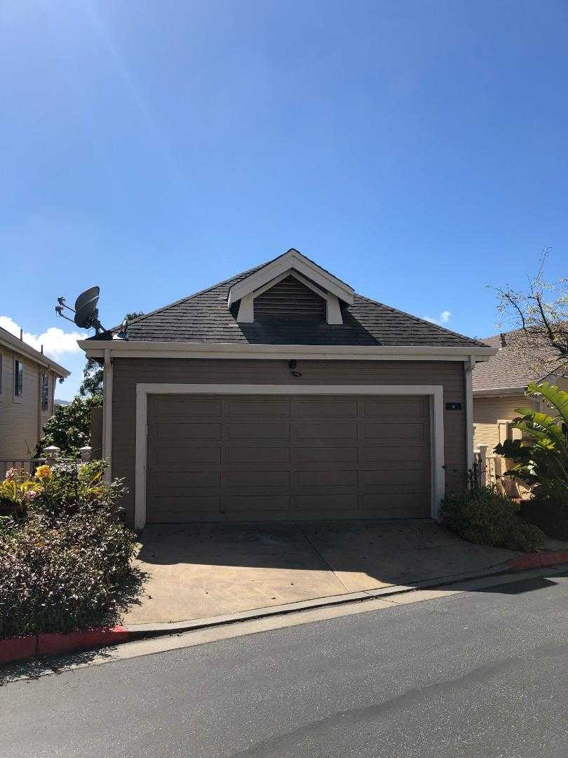$950,000 - 3Br/3Ba -  for Sale in South San Francisco