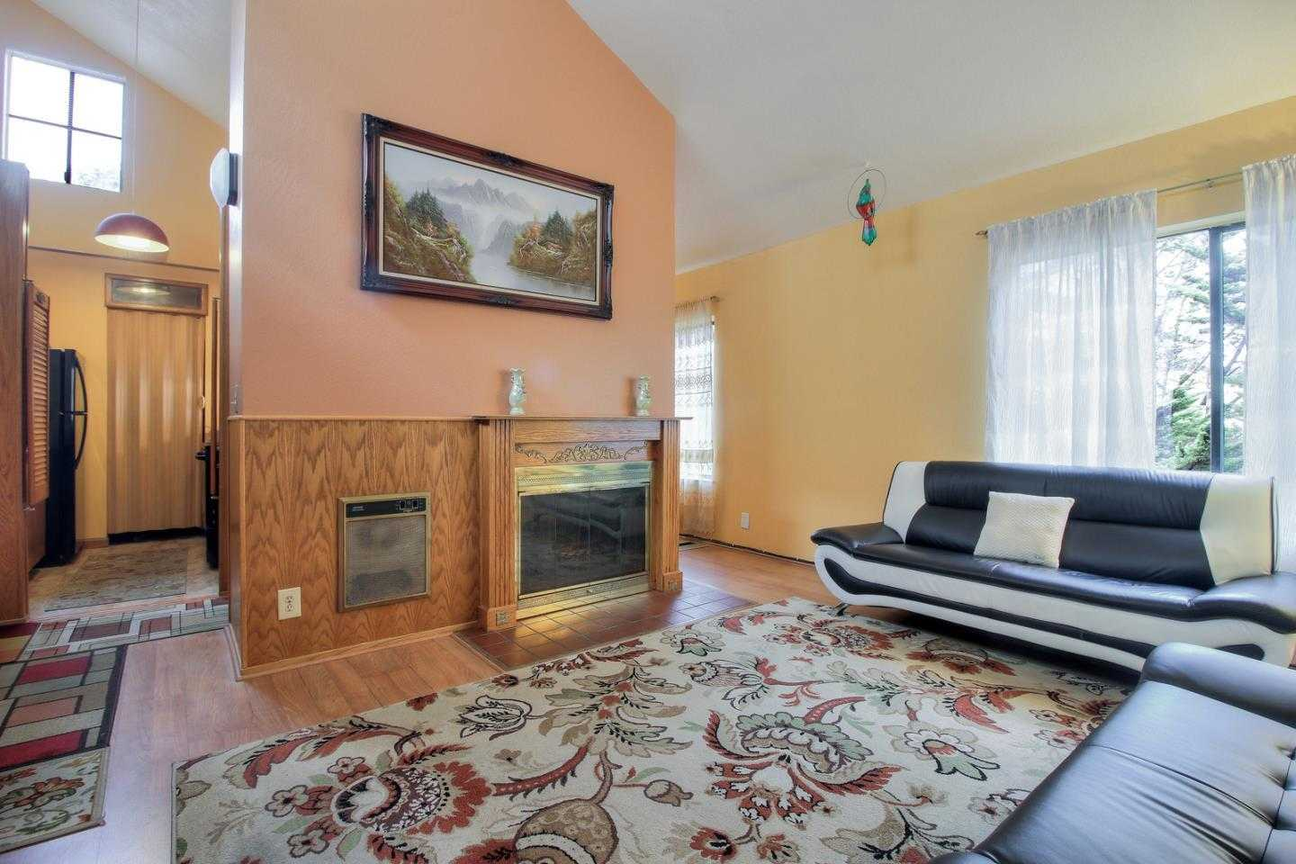 $688,800 - 3Br/2Ba -  for Sale in South San Francisco