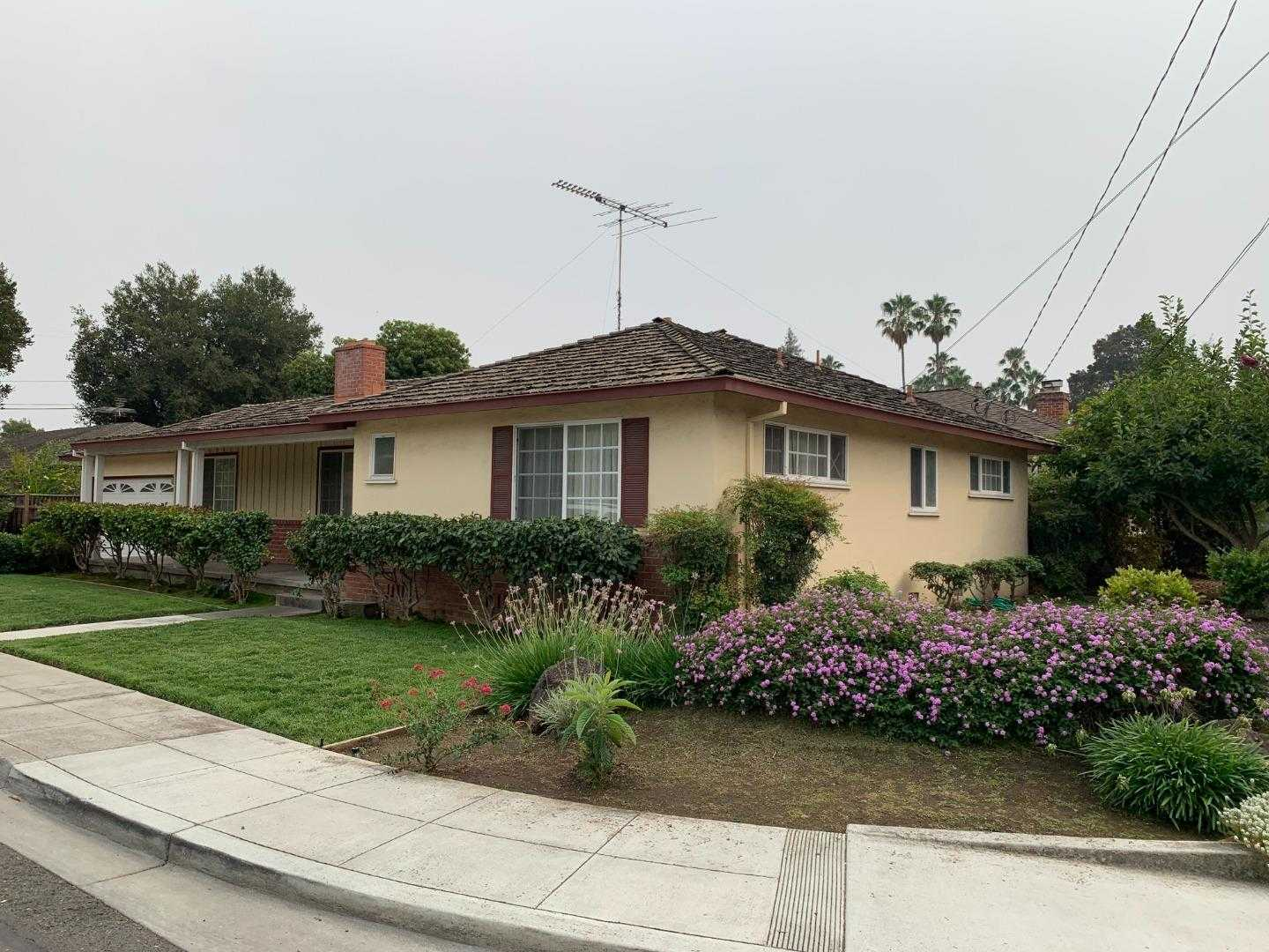 $2,500,000 - 3Br/2Ba -  for Sale in Mountain View