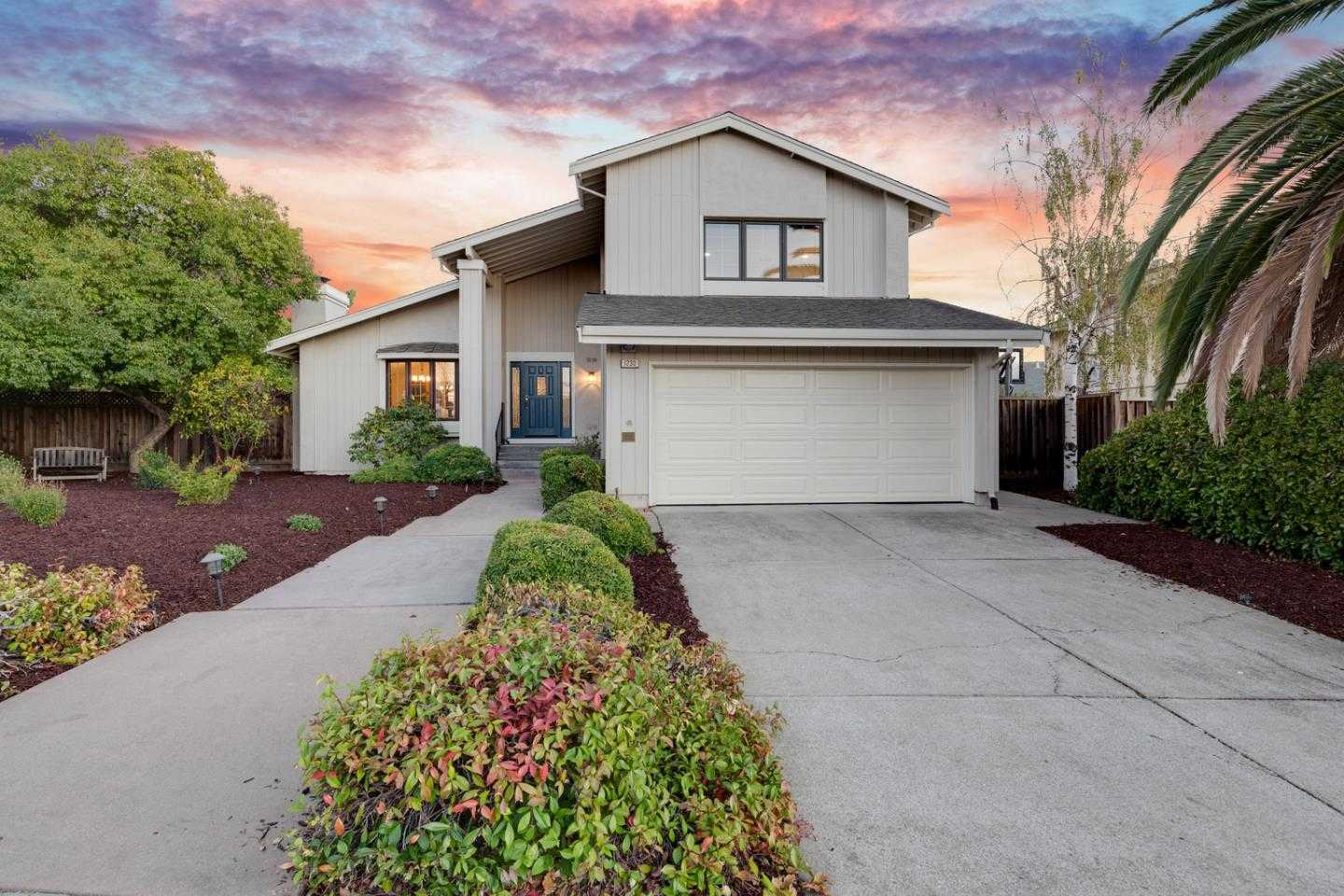 1230 Oasis Ct