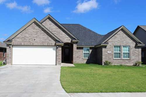 $298,000 - 4Br/2Ba -  for Sale in College Park Estates Sec 7, Clute
