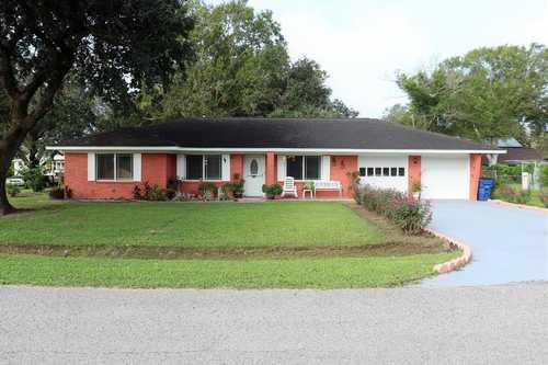 $269,000 - 3Br/2Ba -  for Sale in Jones Creek Meadow, Jones Creek