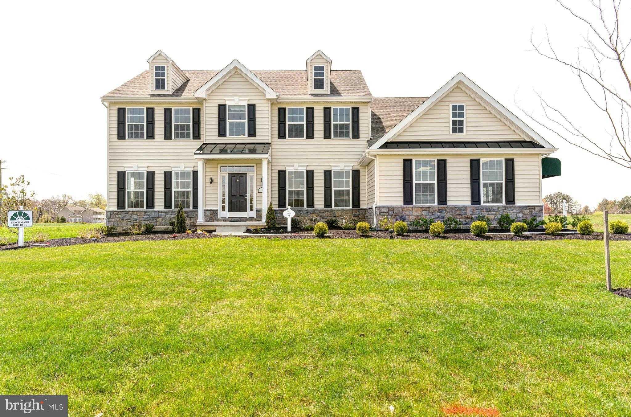 $436,000 - 4Br/3Ba -  for Sale in Greene Hill Farm Est, Smyrna