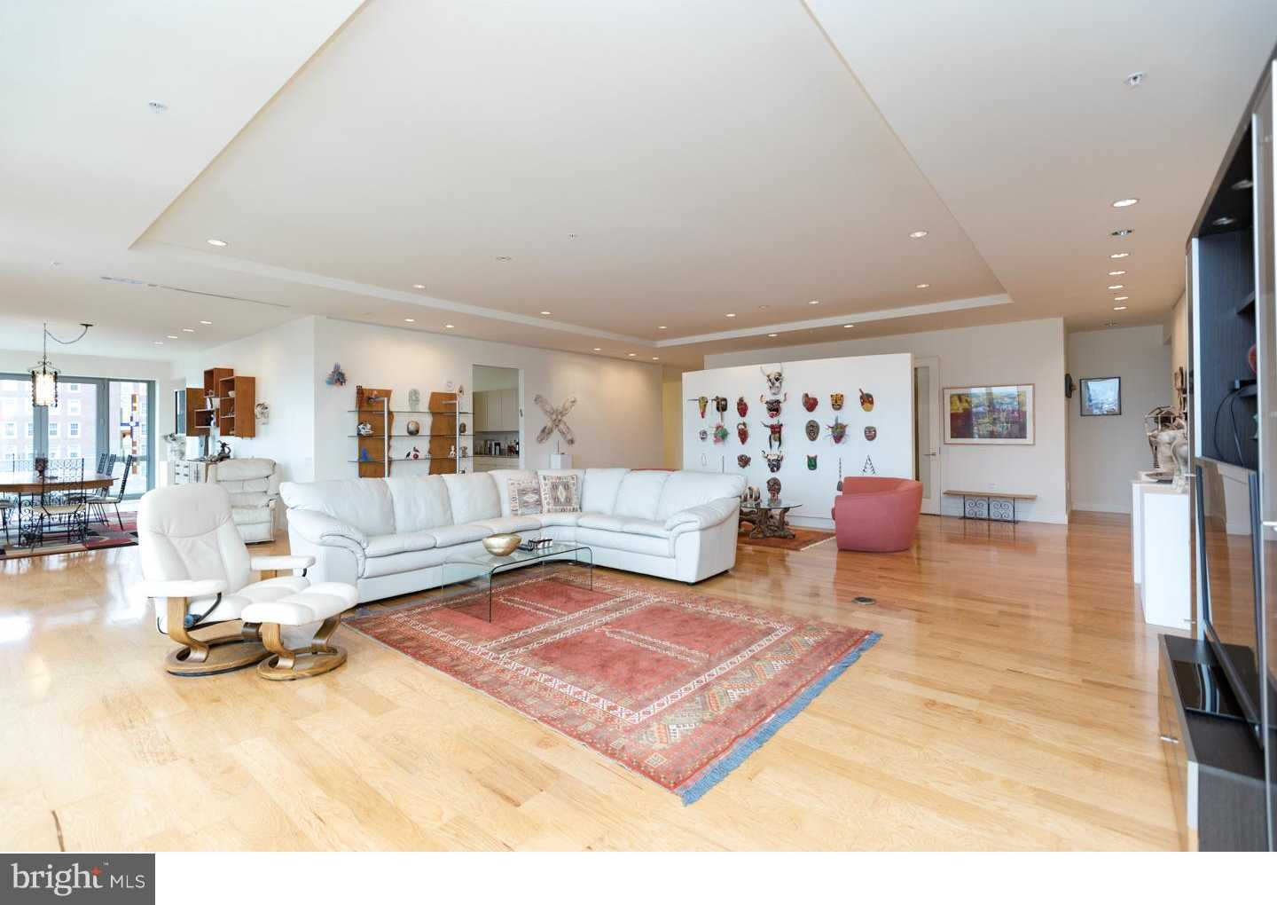 $3,750,000 - 3Br/3Ba -  for Sale in Rittenhouse Square, Philadelphia