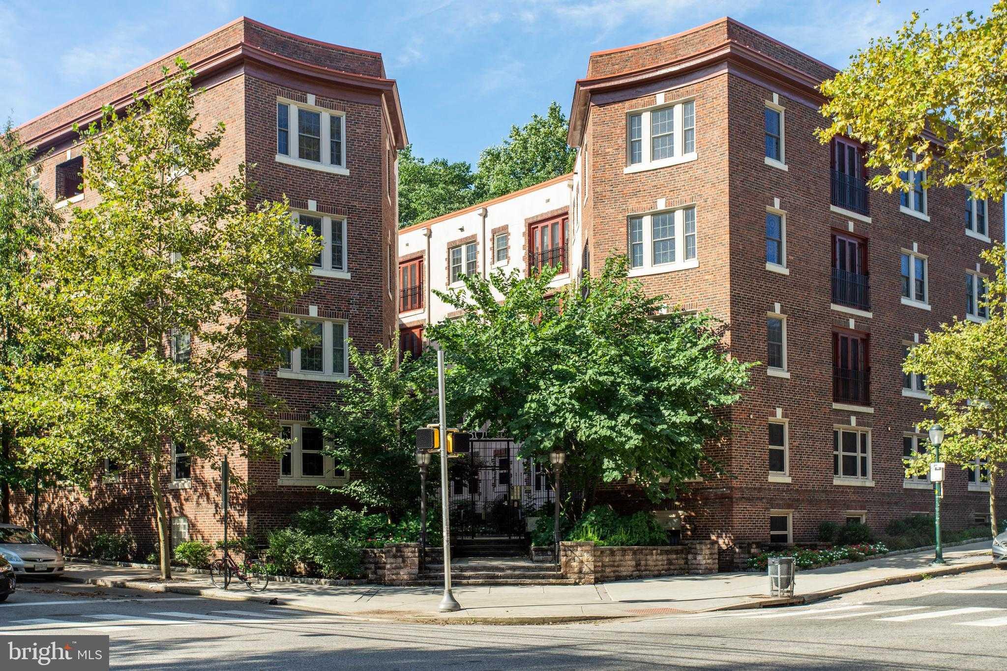 $379,900 - 2Br/2Ba -  for Sale in University City, Philadelphia