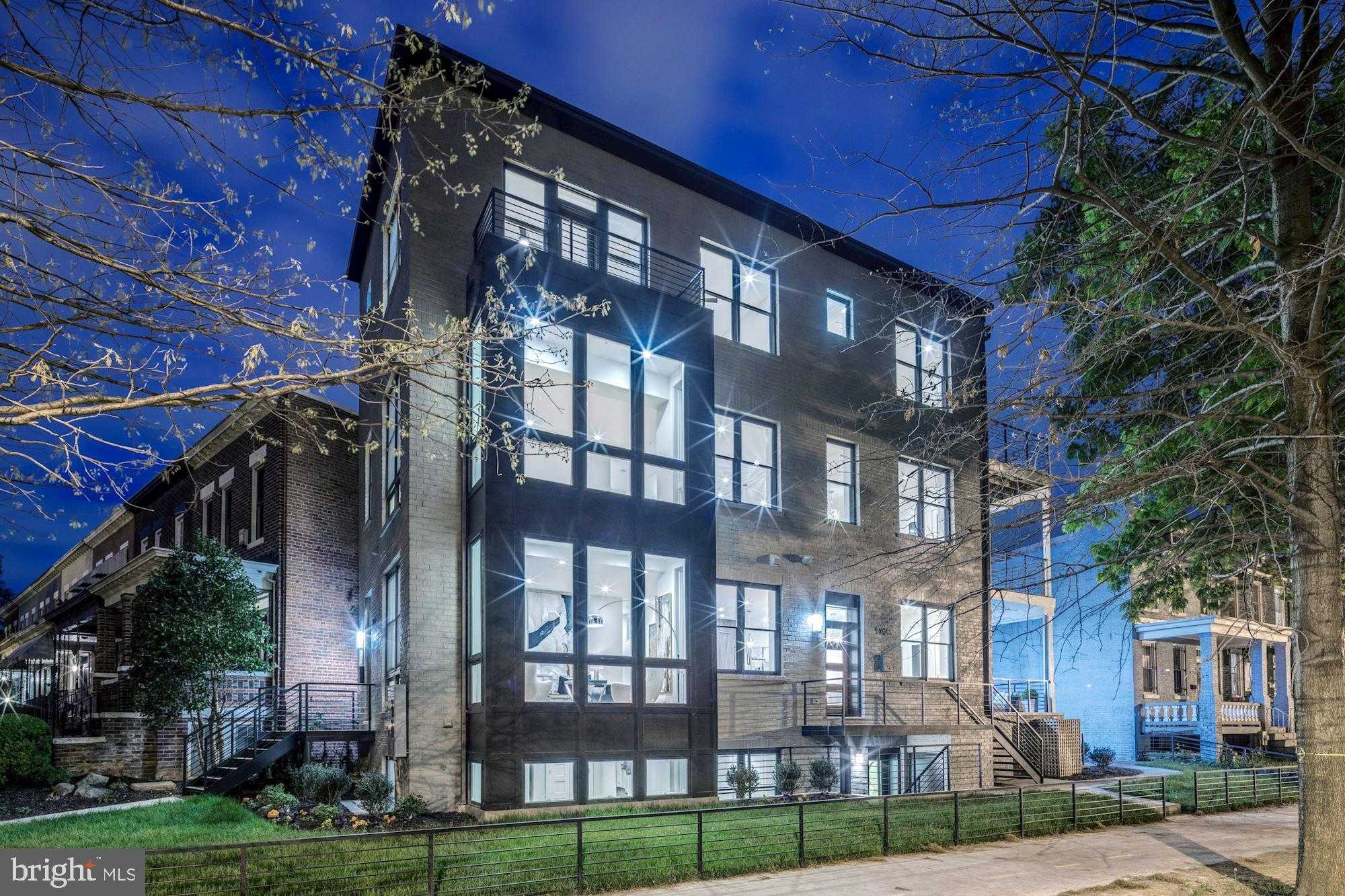 $1,050,000 - 3Br/3Ba -  for Sale in Capitol Hill, Washington