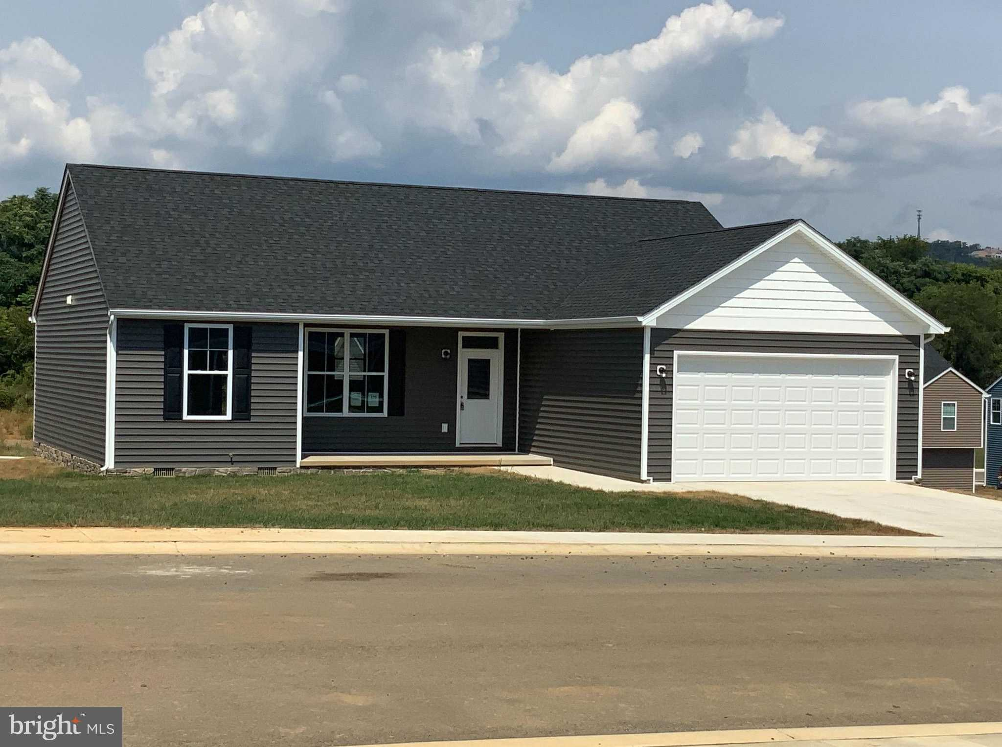 $220,000 - 3Br/2Ba -  for Sale in Red Hill, Martinsburg