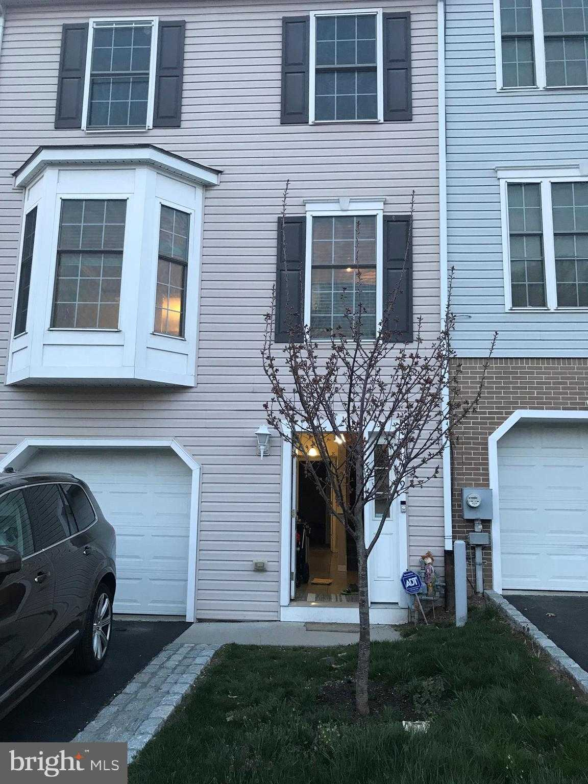 $2,300 - 3Br/3Ba -  for Sale in Roxborough, Philadelphia