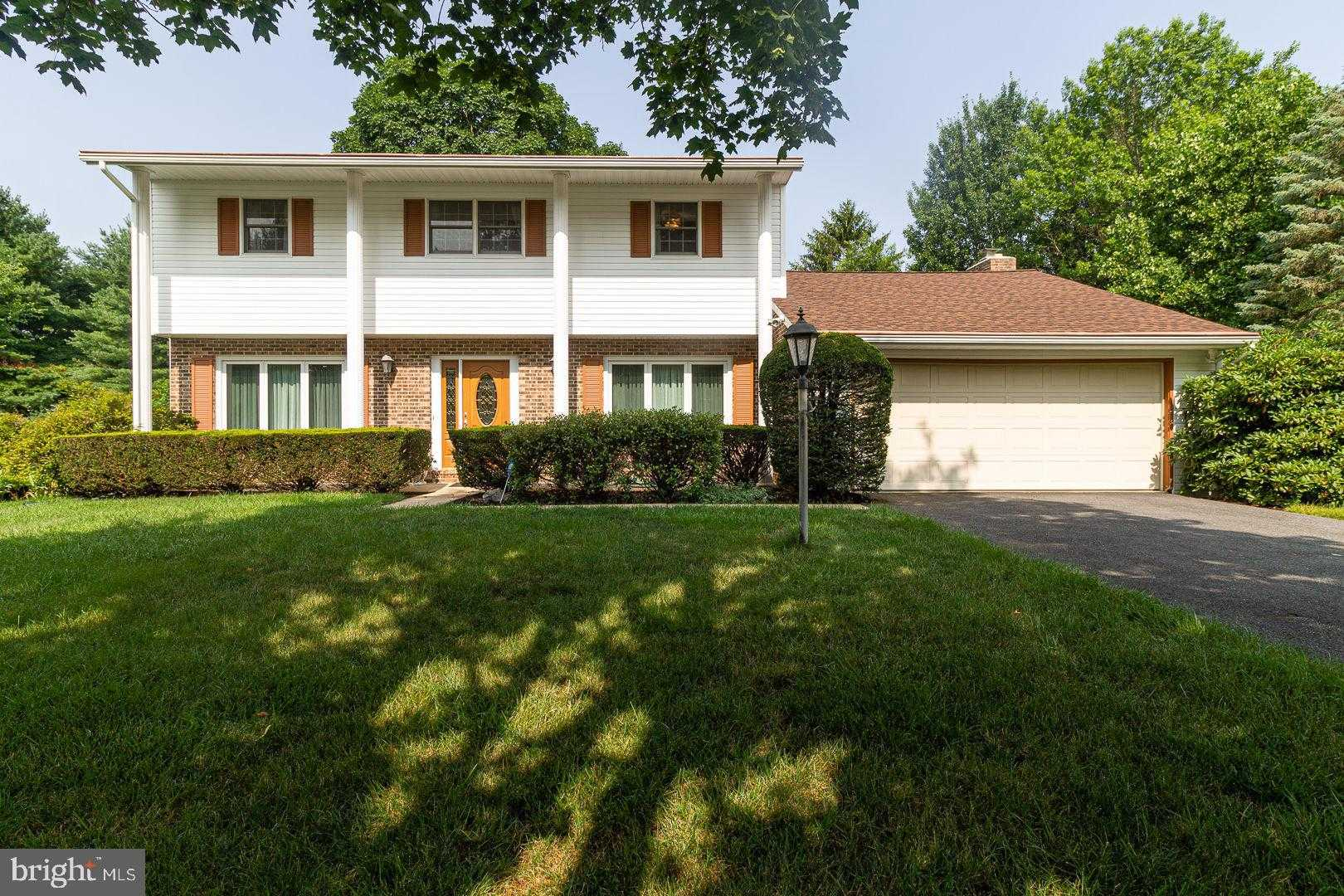 $259,000 - 3Br/3Ba -  for Sale in Chapel Hill, Carlisle