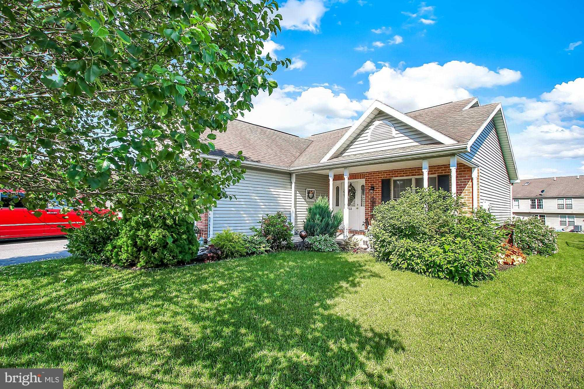 $195,900 - 3Br/2Ba -  for Sale in Enclave, Chambersburg