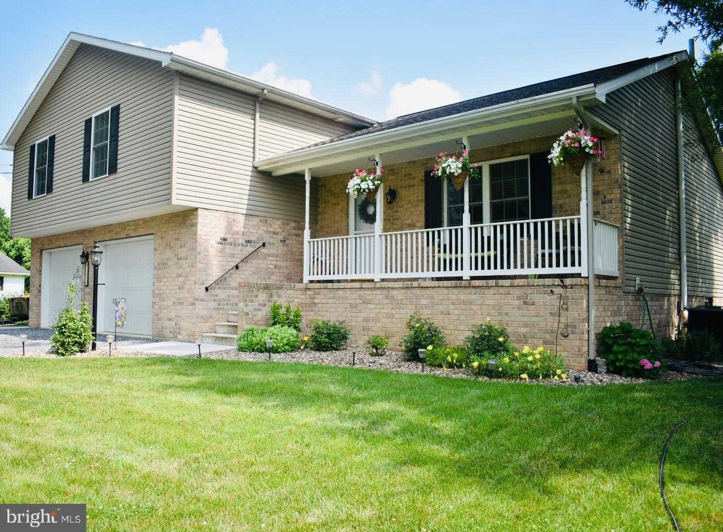 $295,900 - 4Br/3Ba -  for Sale in None Available, Chambersburg