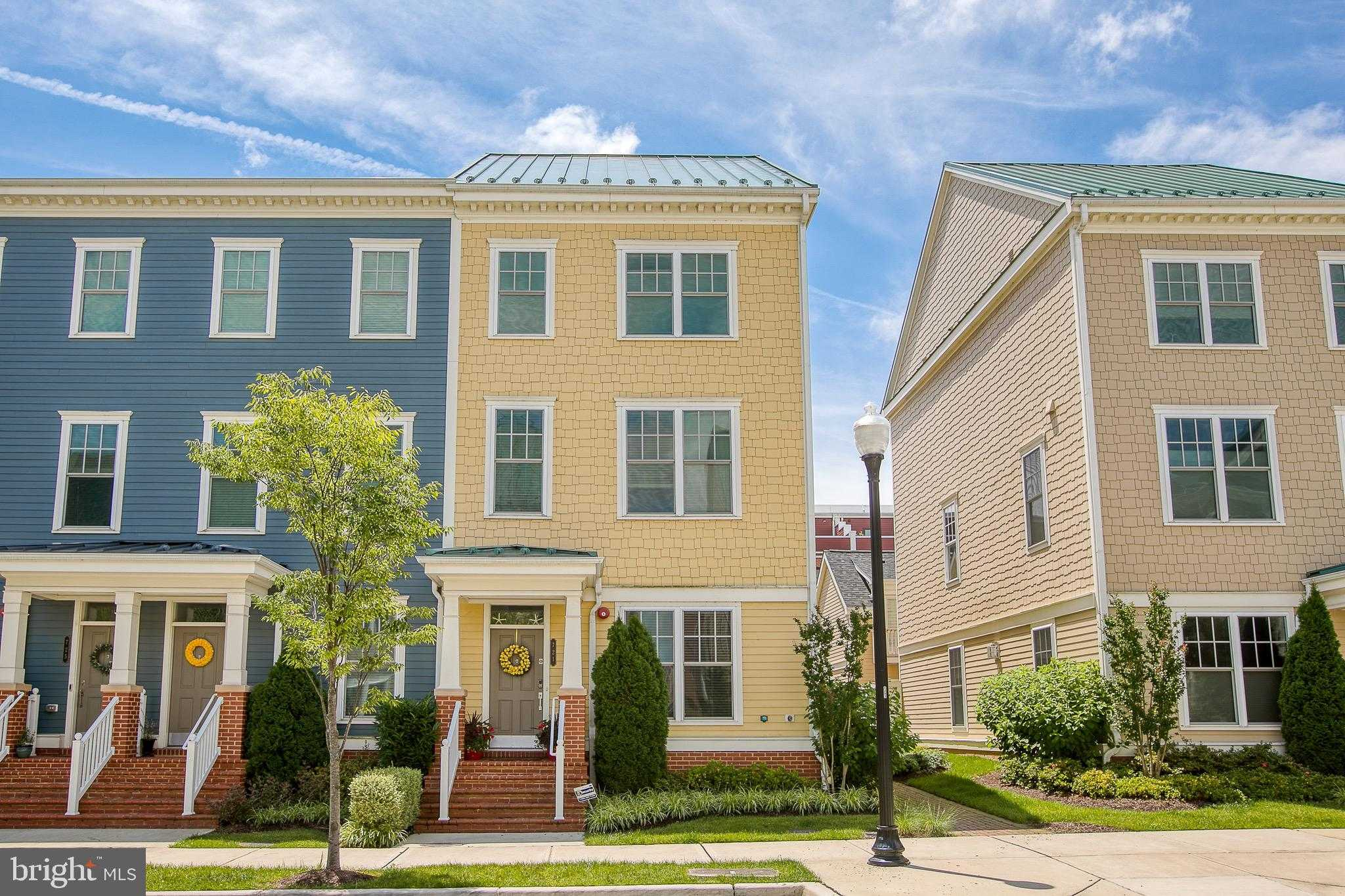 $1,175,000 - 5Br/5Ba -  for Sale in Potomac Yard, Alexandria