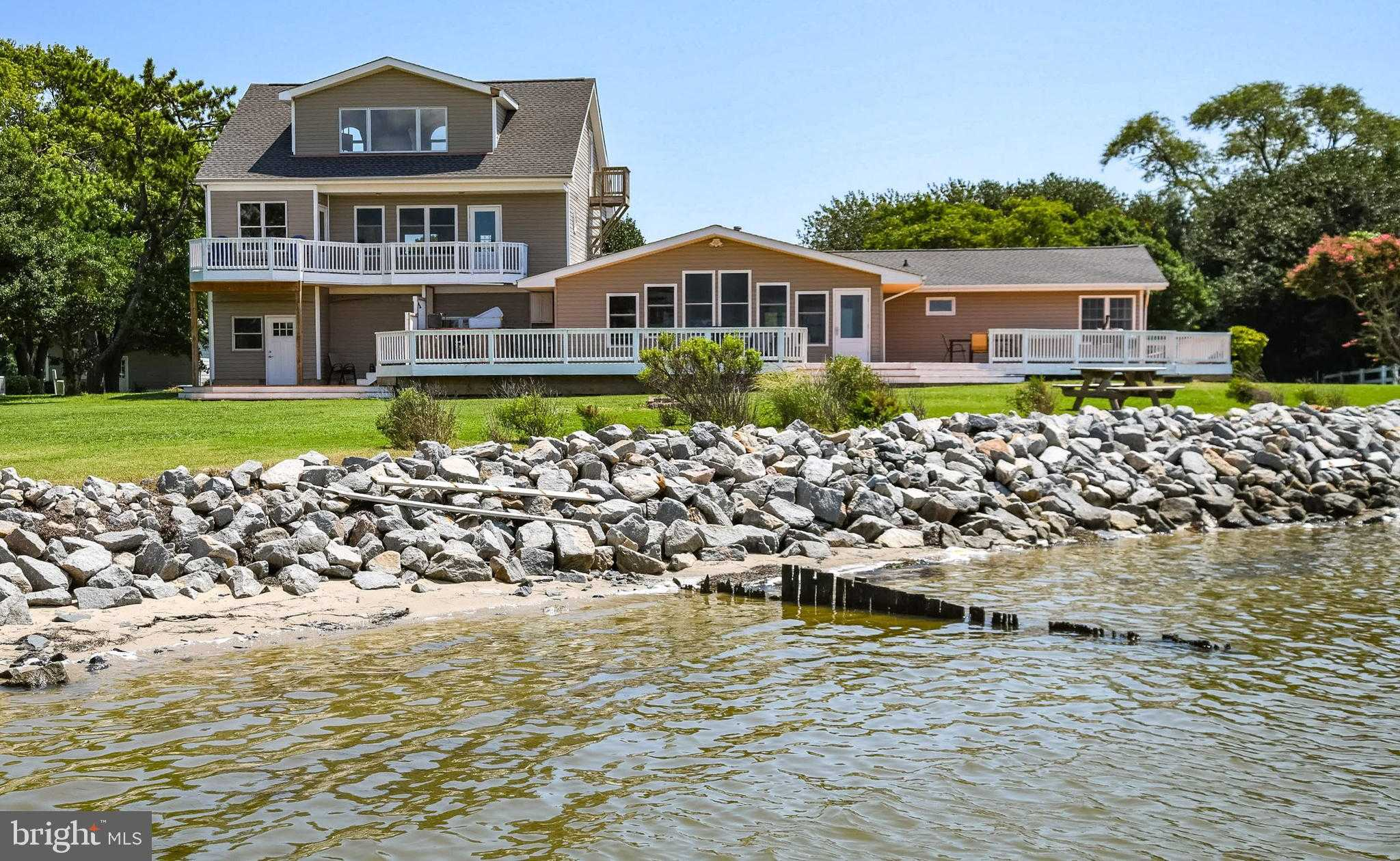 $690,000 - 4Br/3Ba -  for Sale in South Point Sub, Berlin