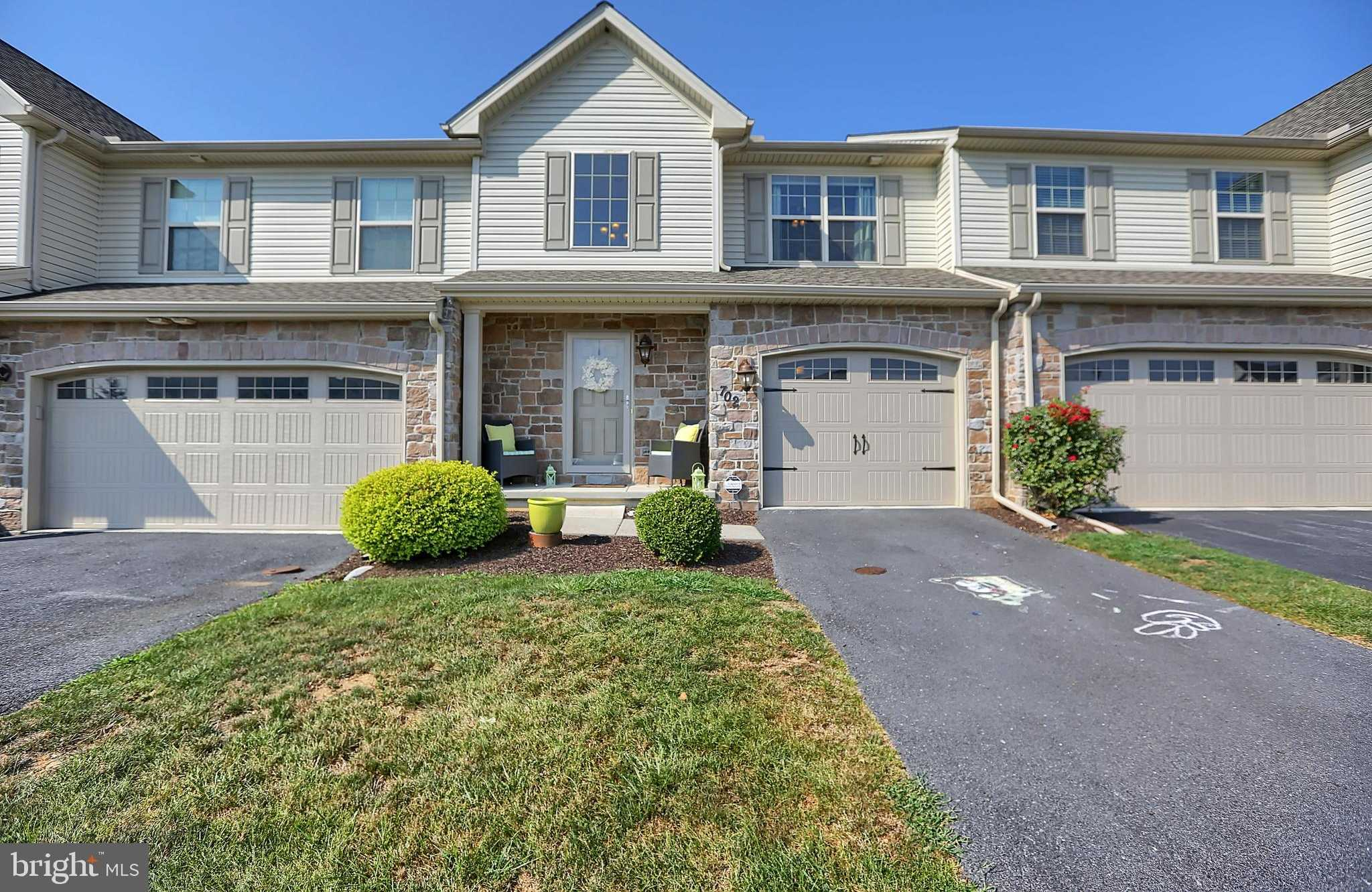 $240,000 - 3Br/3Ba -  for Sale in Winding Hills, Mechanicsburg