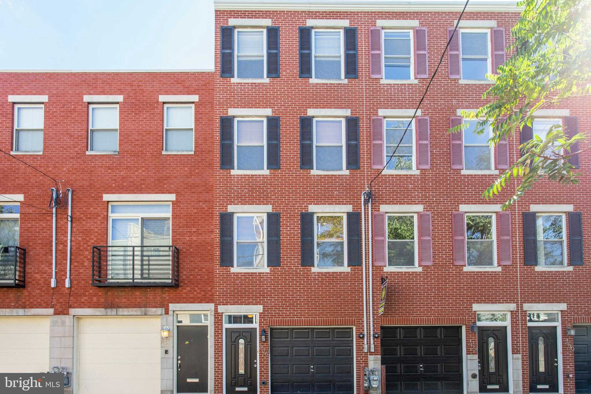 $699,900 - 3Br/4Ba -  for Sale in Graduate Hospital, Philadelphia