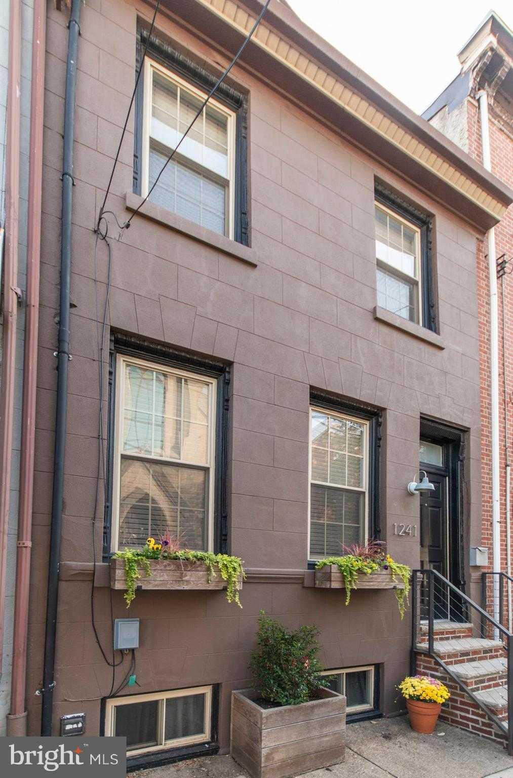 $449,000 - 3Br/3Ba -  for Sale in Fishtown, Philadelphia