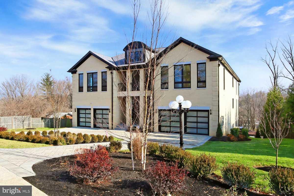 $5,139,990 - 7Br/8Ba -  for Sale in Franklin Park, Mclean