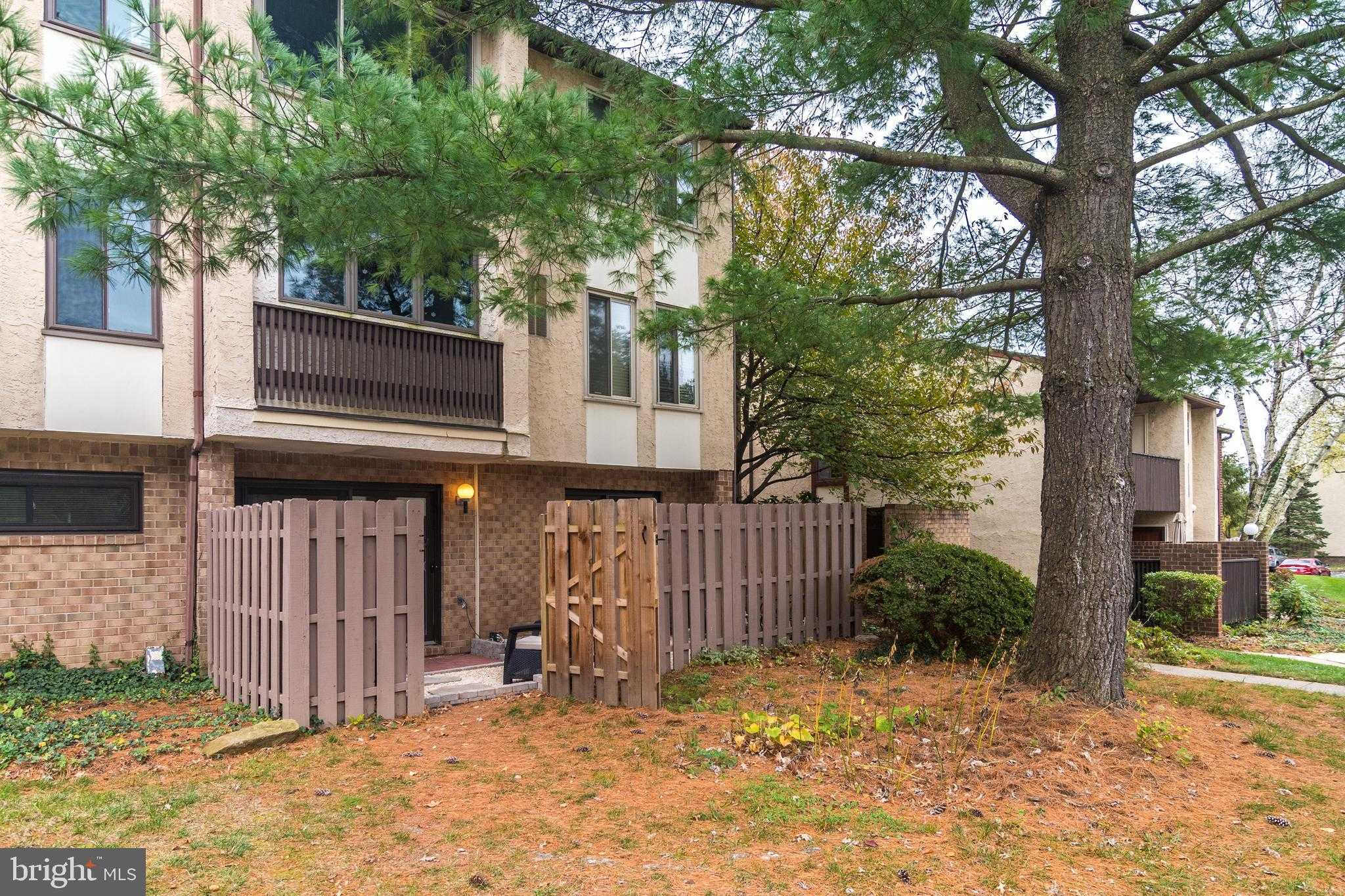 $200,000 - 2Br/2Ba -  for Sale in Chestnut Grove, Doylestown