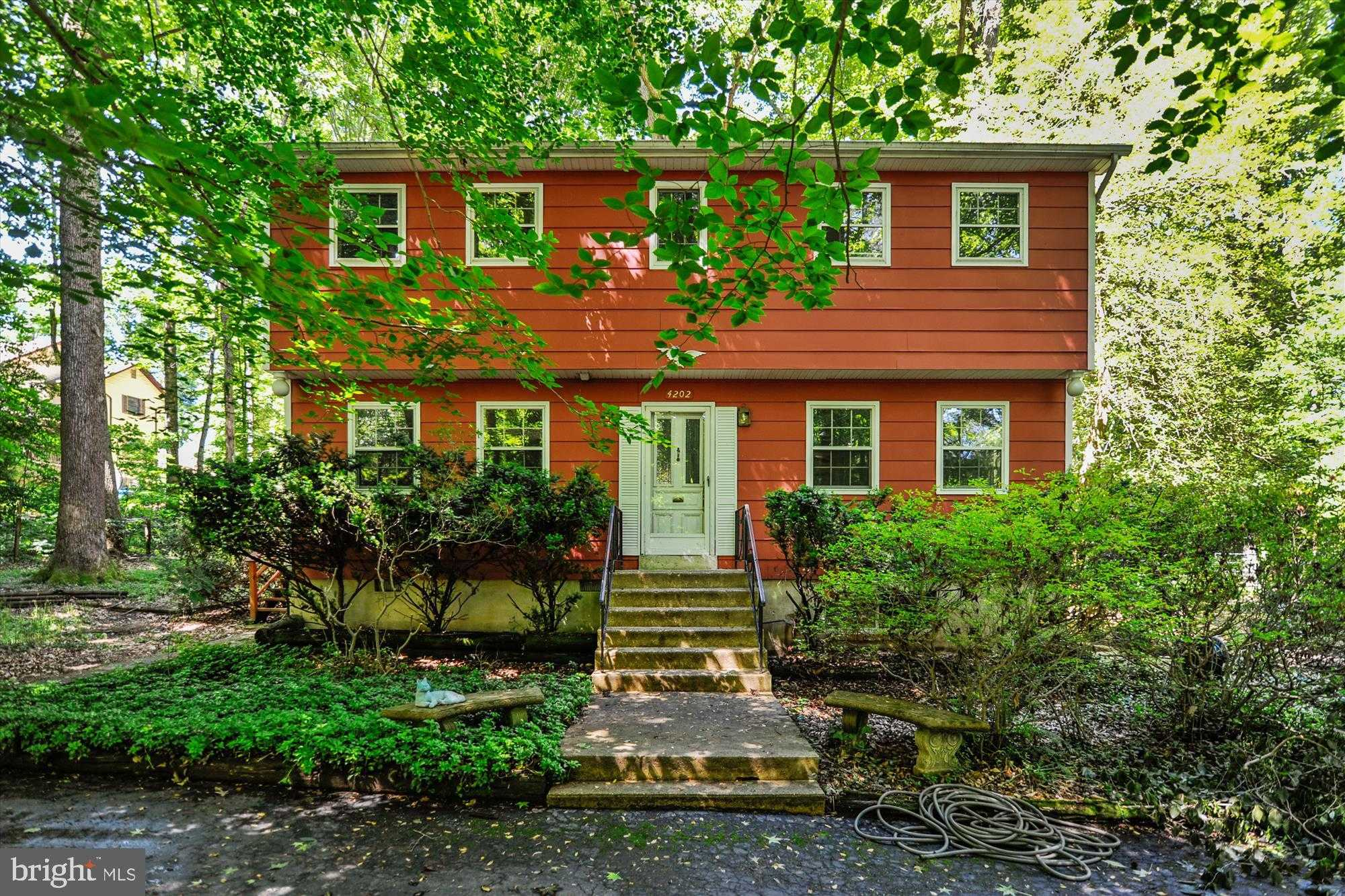 $349,900 - 4Br/3Ba -  for Sale in Columbia Park, Pomfret