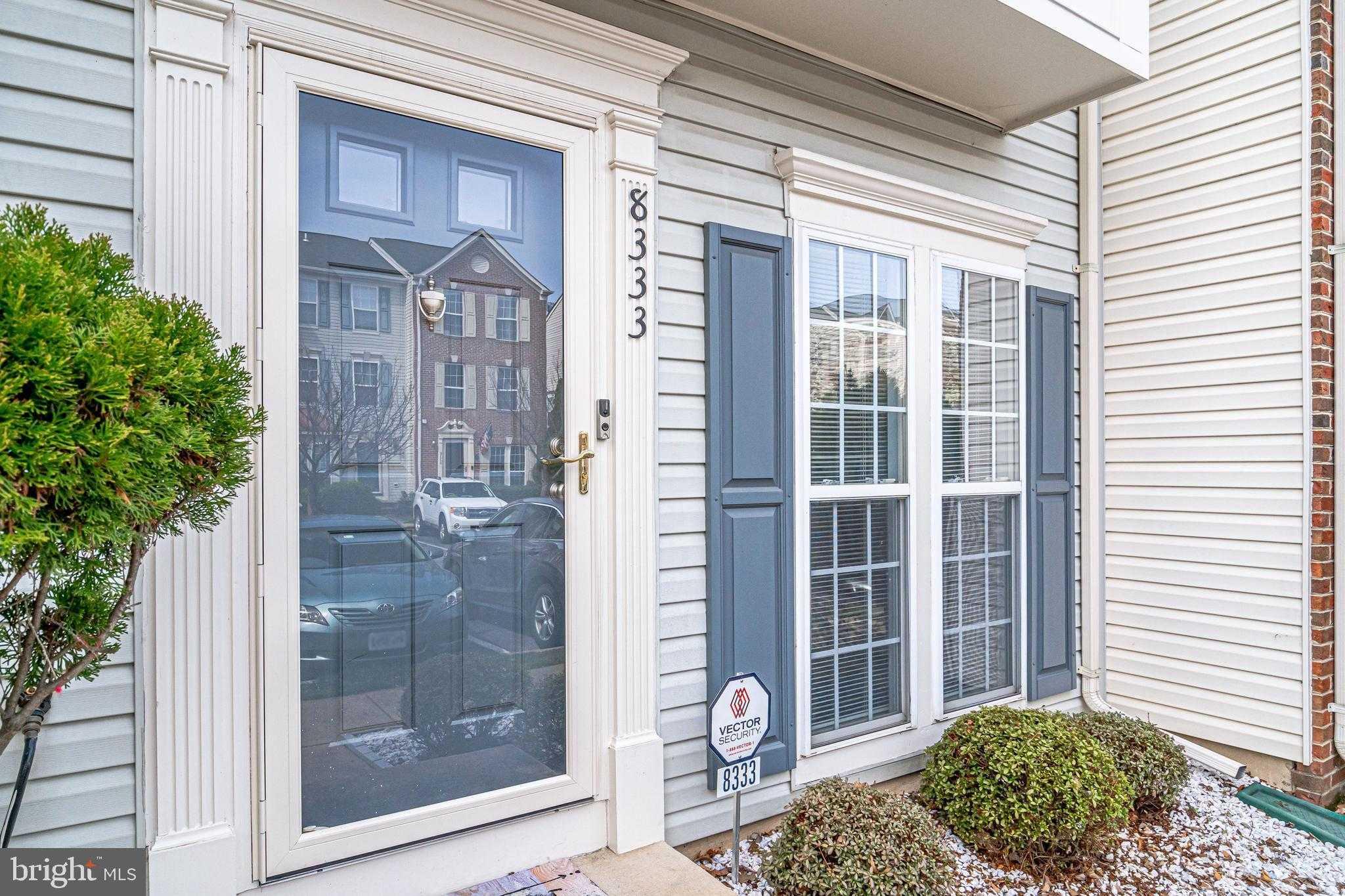 $399,900 - 3Br/4Ba -  for Sale in Mount Vee Manor, Alexandria