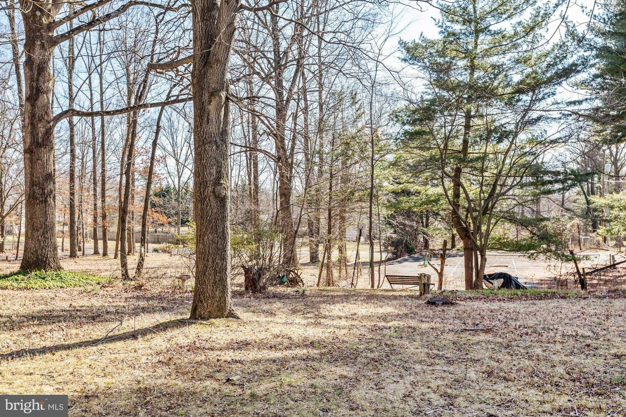 $550,000 - 4Br/3Ba -  for Sale in Sycamore Acres, Rockville