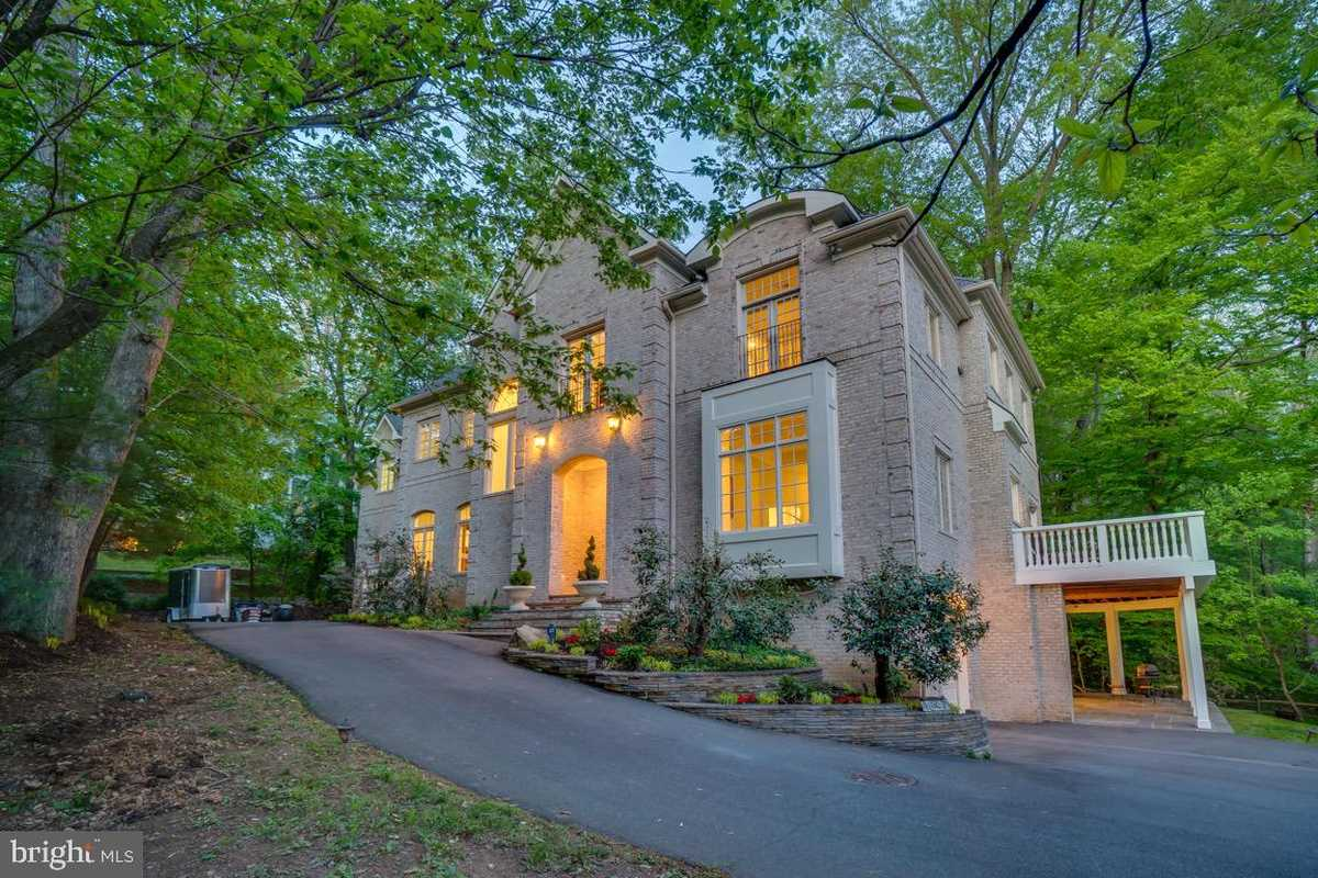 $3,299,500 - 8Br/10Ba -  for Sale in Kirby Woods, Mclean