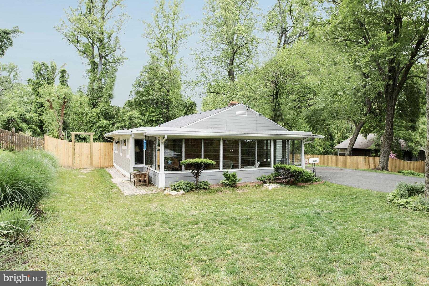 $529,900 - 3Br/2Ba -  for Sale in Woodley, Falls Church