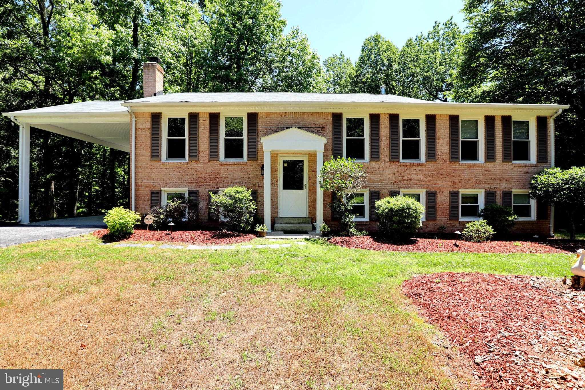 $360,000 - 4Br/3Ba -  for Sale in Oak Hill Estates, Pomfret