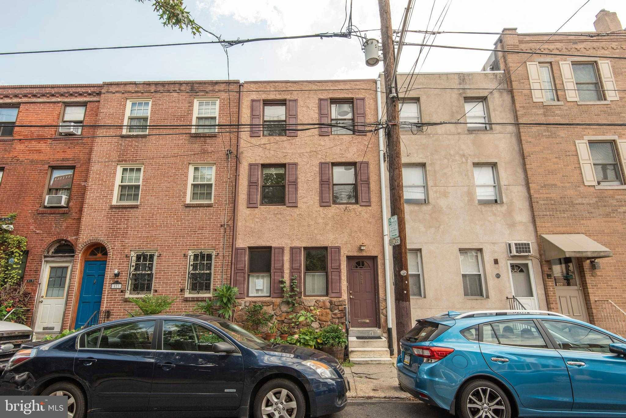 $440,000 - 3Br/3Ba -  for Sale in Bella Vista, Philadelphia
