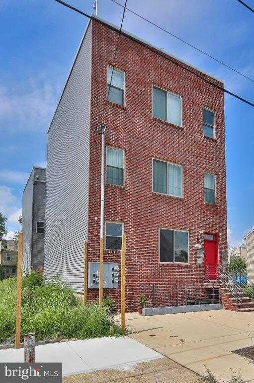 $299,000 - 2Br/3Ba -  for Sale in Ludlow, Philadelphia