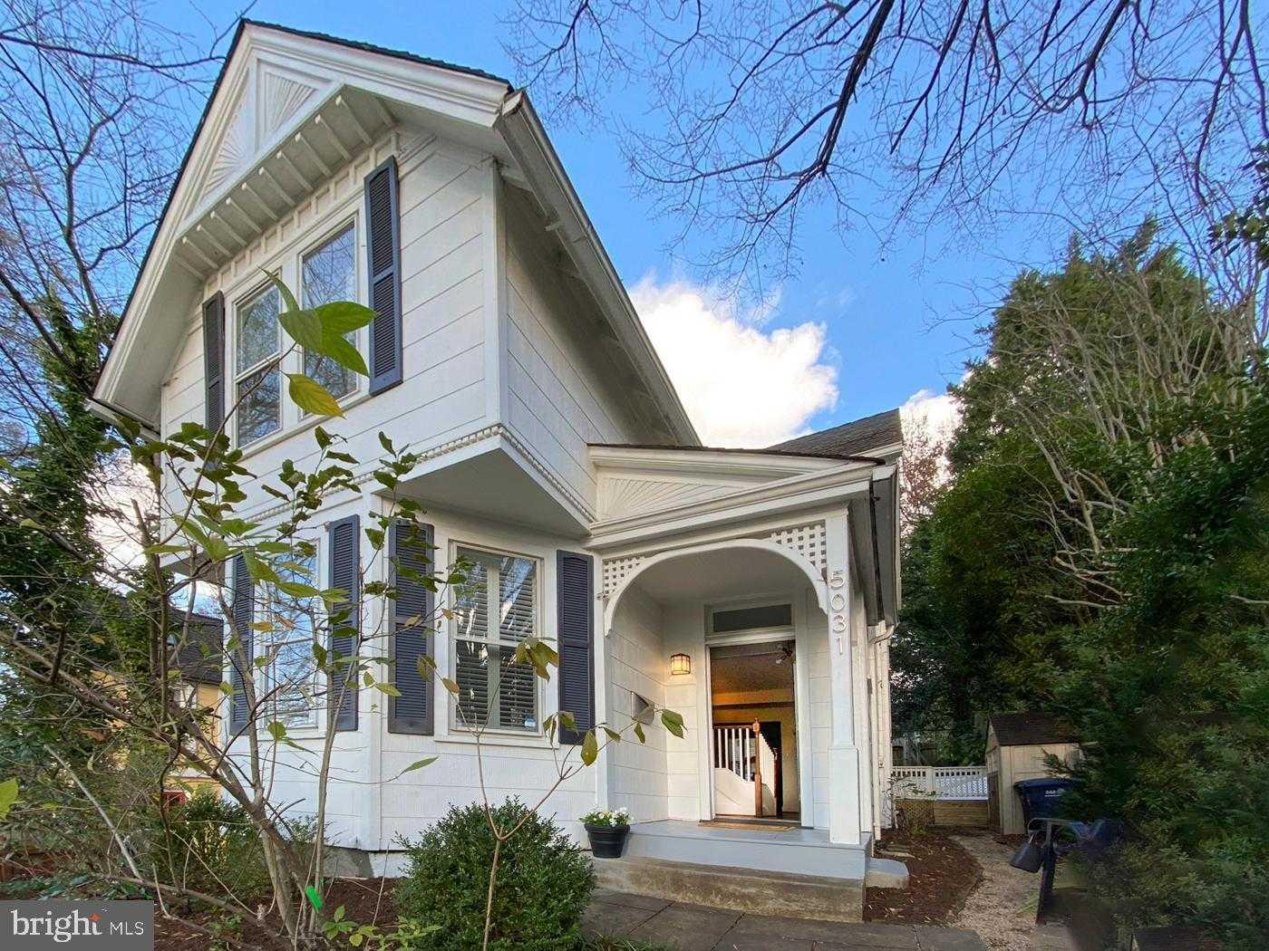 $999,999 - 3Br/2Ba -  for Sale in Kent, Washington