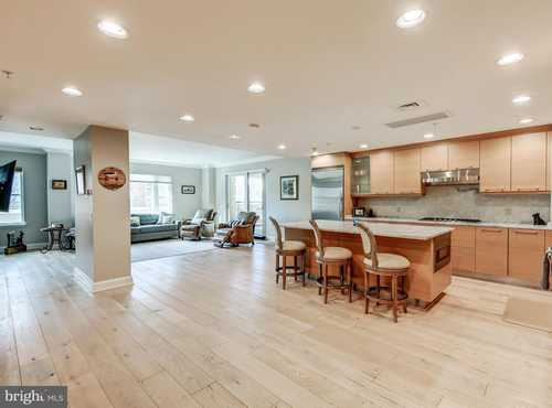 $579,000 - 2Br/3Ba -  for Sale in The Ritz-carlton Private Residences, Baltimore