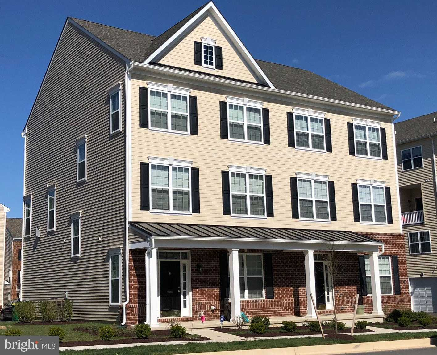 $399,900 - 3Br/3Ba -  for Sale in Darley Green, Claymont