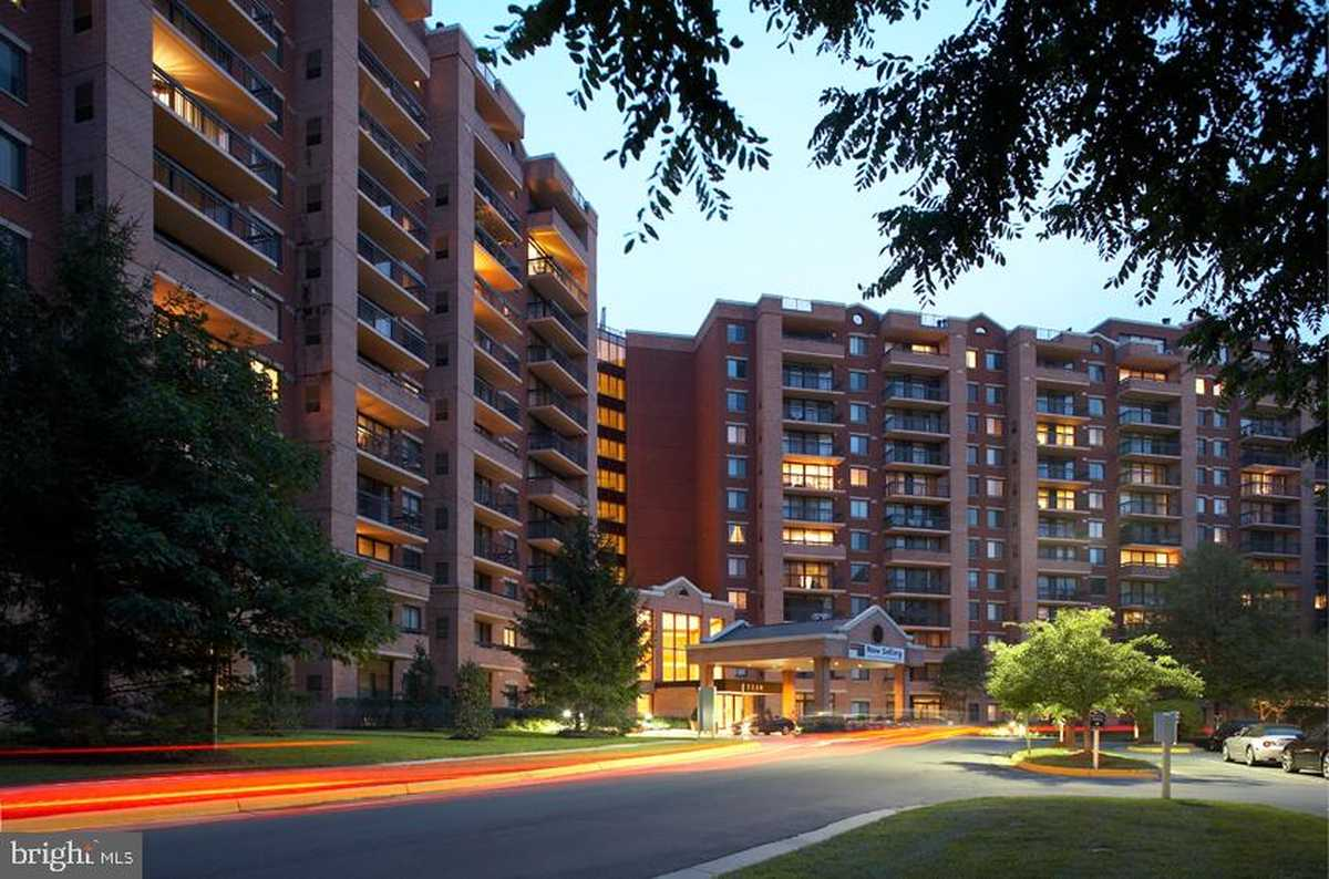$365,000 - 2Br/2Ba -  for Sale in Renaissance At Tysons, Falls Church