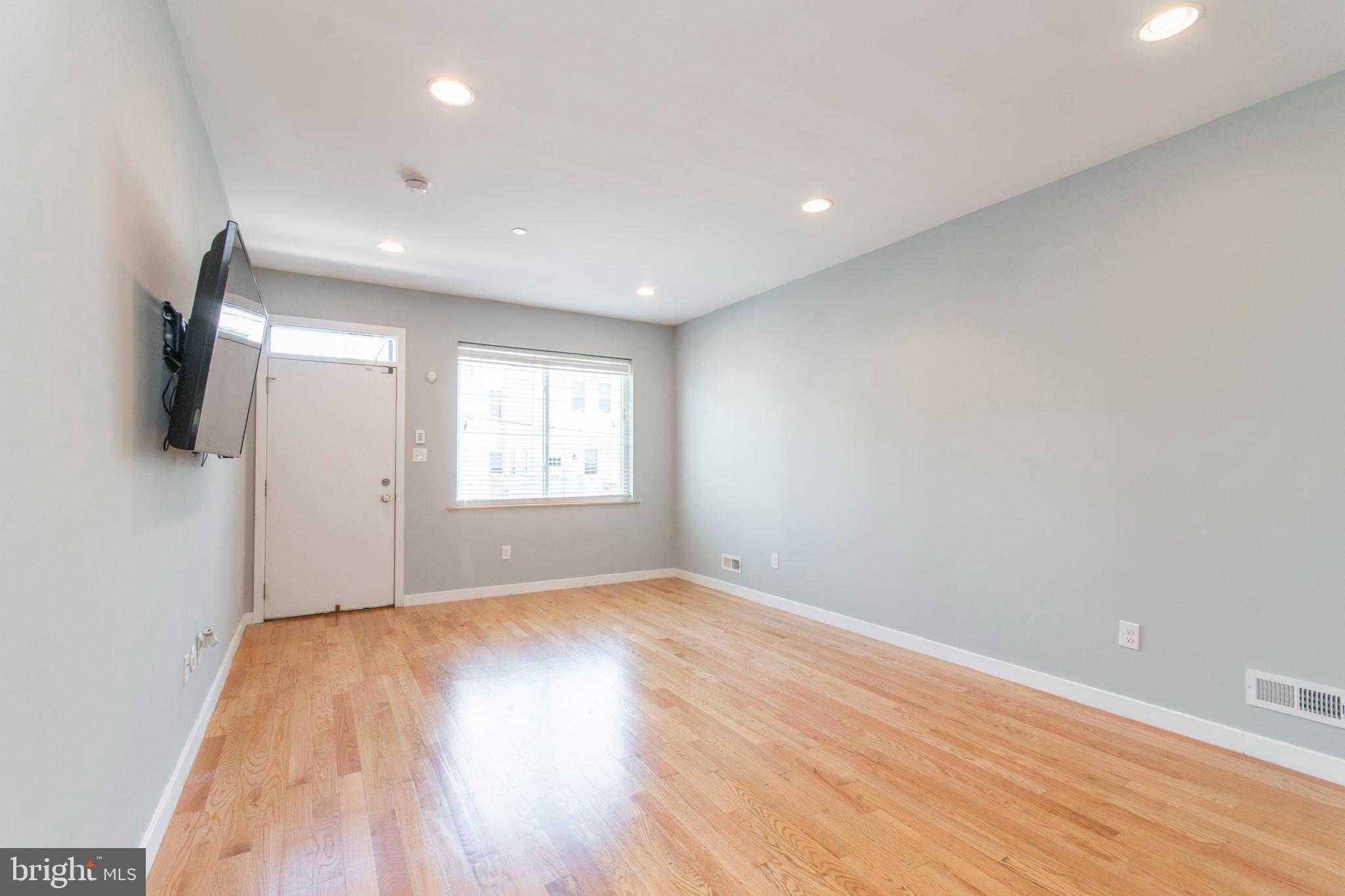 $515,000 - 3Br/3Ba -  for Sale in Point Breeze, Philadelphia