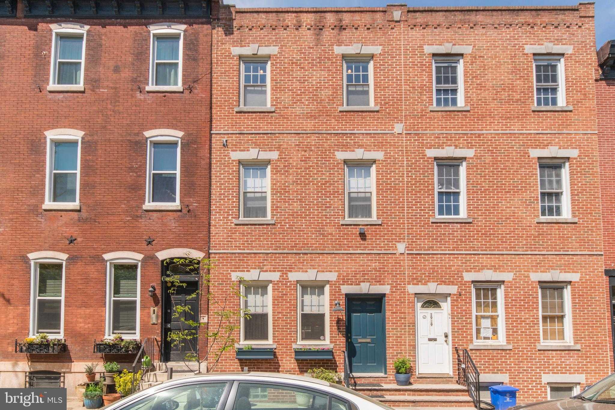 $739,000 - 3Br/3Ba -  for Sale in Graduate Hospital, Philadelphia