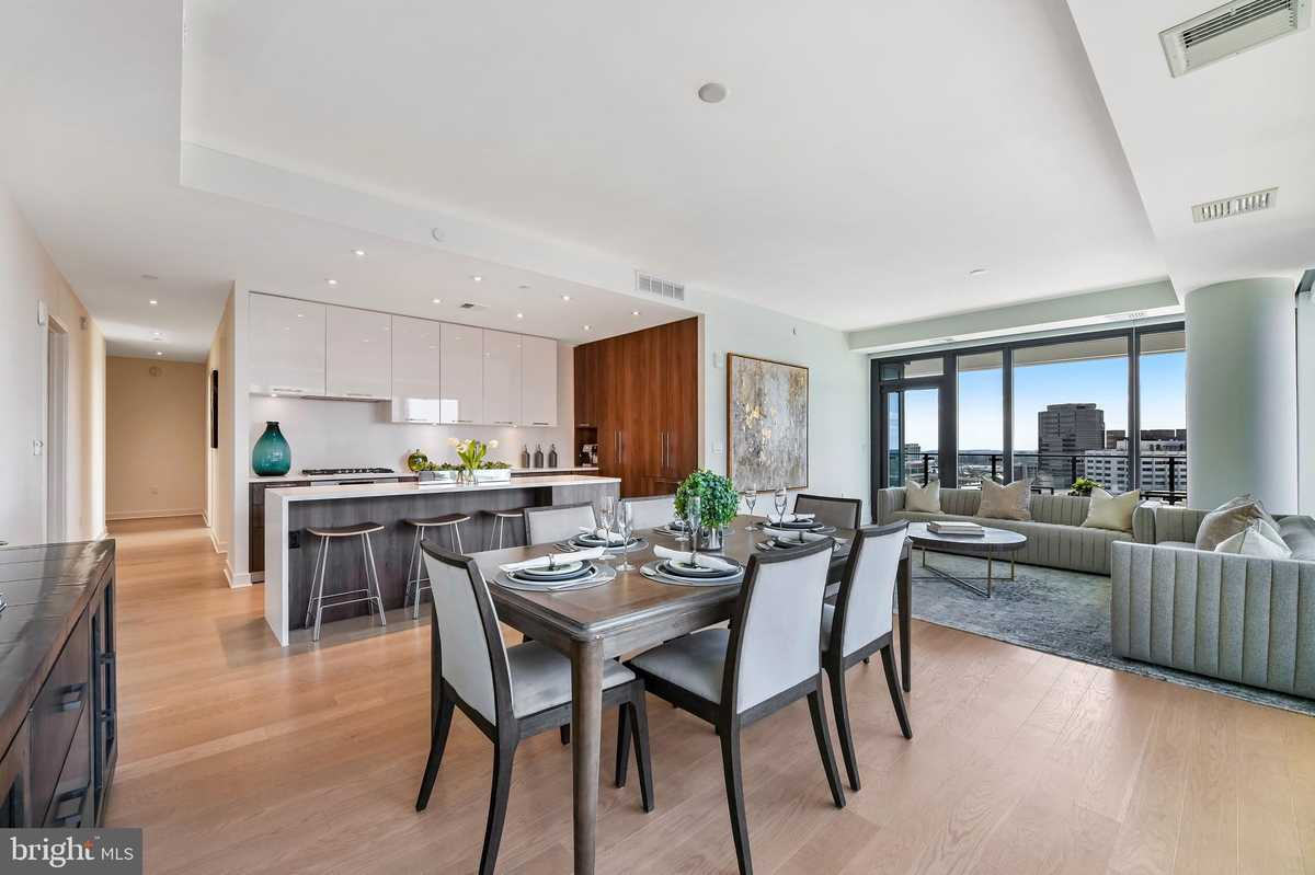 $1,332,000 - 2Br/3Ba -  for Sale in The Boro, Mclean