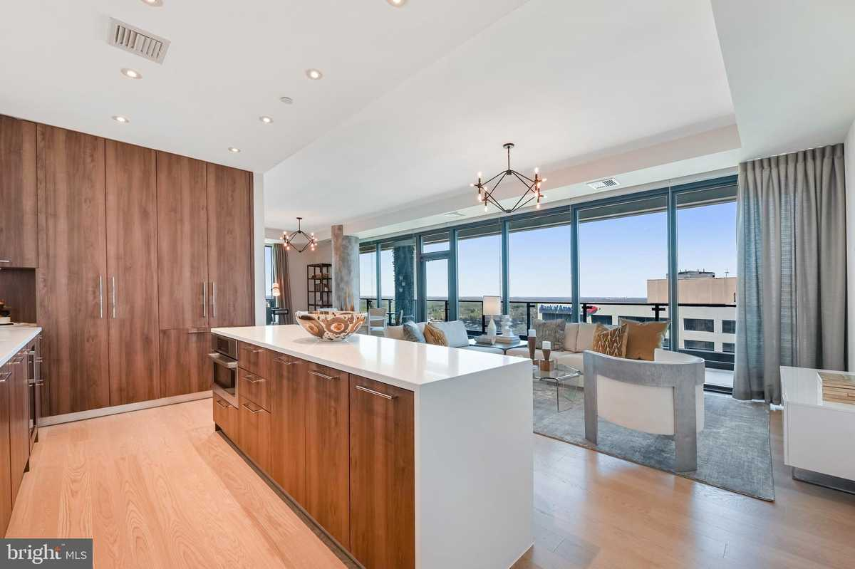 $1,198,000 - 2Br/3Ba -  for Sale in The Boro, Mclean