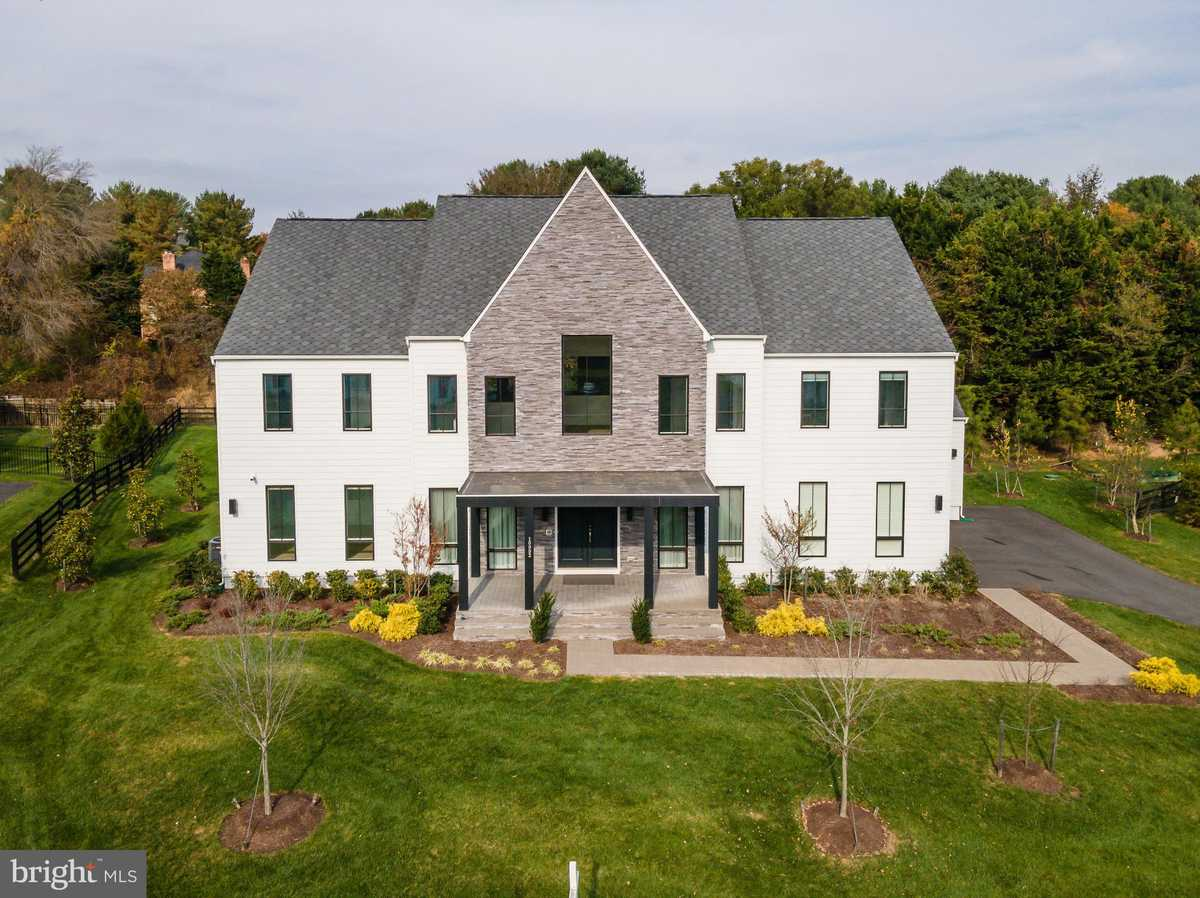 $2,750,000 - 5Br/7Ba -  for Sale in None Available, Great Falls